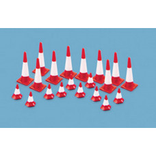 MODELSCENE TRAFFIC CONES (LARGE & SMALL)