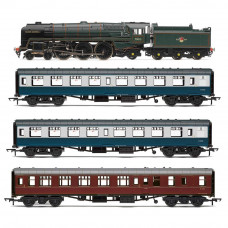 HORNBY THE 15 GUINEA SPECIAL TRAIN PACK, ERA 5
