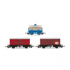 HORNBY HORNBY 'RETRO' WAGONS, THREE PACK, UNITED DAIRIES TANKER, JACOB'S BISCUITS, PALETHORPES