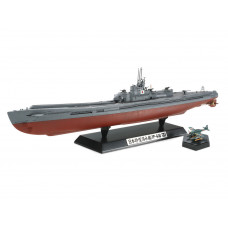 TAMIYA JAPANESE NAVY SUBMARINE I-400