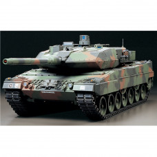 TAMIYA R/C LEOPARD 2 A6 W/OPTION KIT